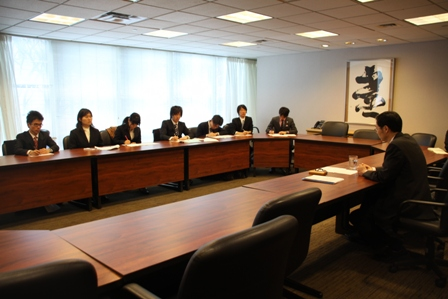 The national model UN Students Participants and Ambassador Yamazaki at the briefing