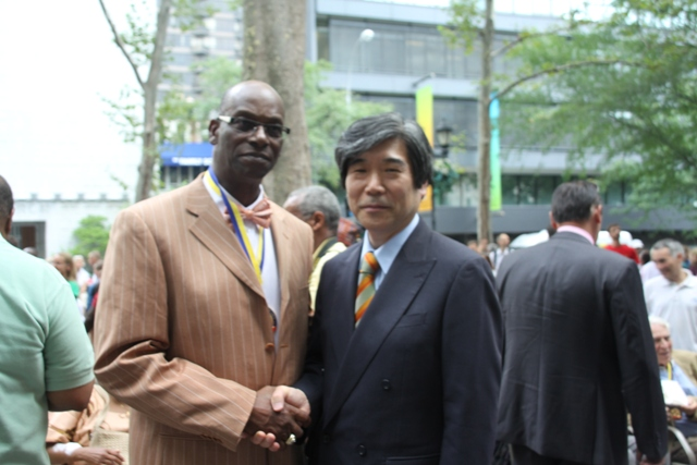 Ambassador Kodama met with Bob Beamon