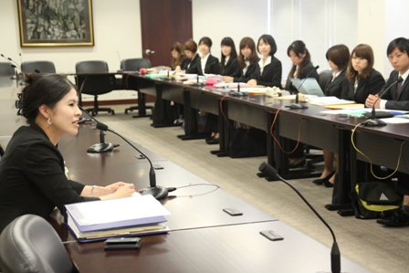 Ms. Yajima, First Secretary, explanined how to apply for United Nations jobs