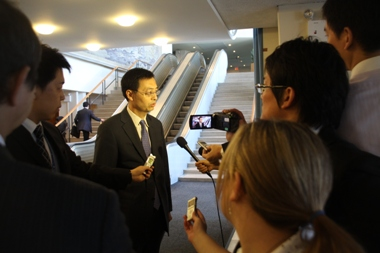 Ambassador Yamazaki at Press Conter after the Adoption of the Resolution on Human Security by the UN General Assembly